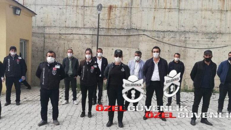 Photo of ozel guvenlik görevlileri bizleri neden görmüyorsunuz?